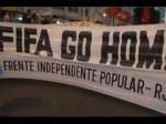 Полиция Бразилии применила слезоточивый газ для разгонапротестующих