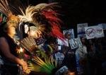 Армия и полиция США применили звуковые пушки и аэрозоли для разгона индейцев и экологических активистов, протестующих против строительстванефтепровода