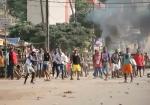 В Гвинее расстреляли школьников, вышедших поддержать протестучителей