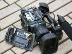 В Петрозаводске полицейский избил журналиста, снимавшего задержания намитинге