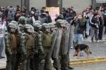 Полицейские разогнали забастовку рабочих водометами вЧили